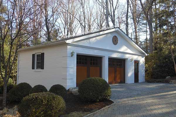 Detached Garage, Biltmore Forest, Scott W Bartholomew Architect