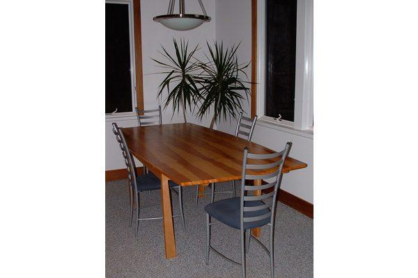 danish-extension-table design